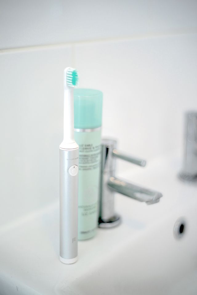 Uber Sonic Electric Toothbrush Review   UK Lifestyle Blog