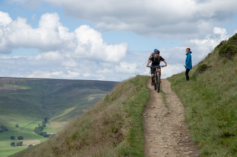 Best Views in the Peak District National Park You Have to See! | UK Lifestyle Blog